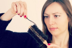 Ways-To-Halt-and-Reverse-Female-Pattern-Hair-Loss