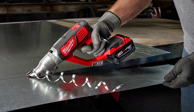 Ways To Cut Metal With The Different Types Of Power Tools