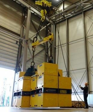 air hoists (2)