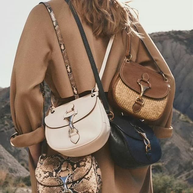 Saddle-Bag-