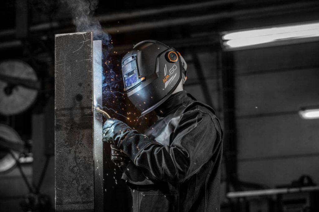 welding helmet with respirator