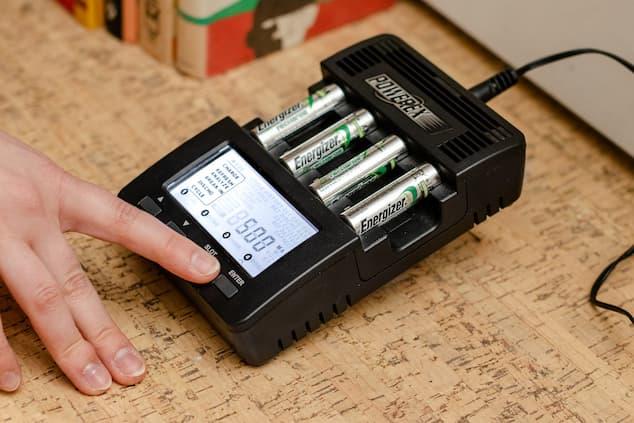 lipo-charger-image